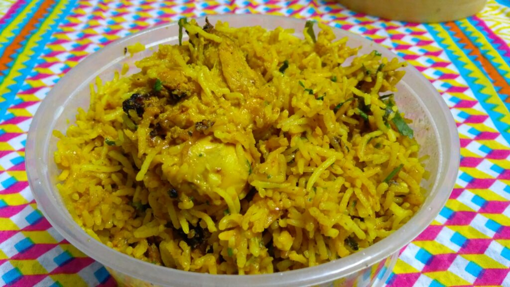 Chicken Yakhni Pulao - Curry Me Up